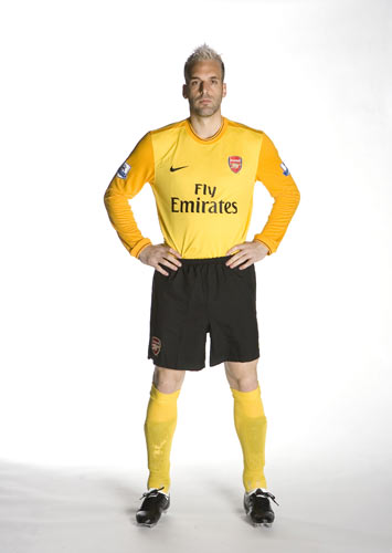 New Arsenal away GK kit 2009/10- Almunia