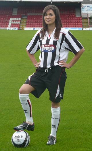 New Grimsby Town 2009-10 Home Shirt