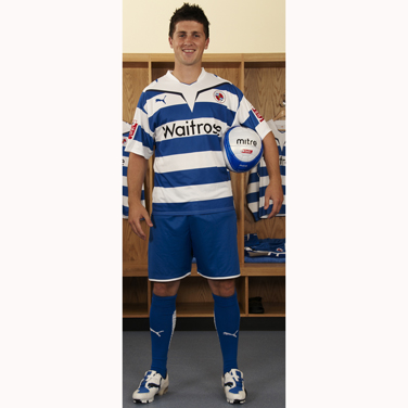 New Reading kit 2009-10 home Puma