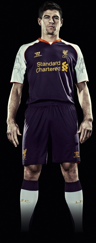 Steven Gerrard Liverpool Kit 2012