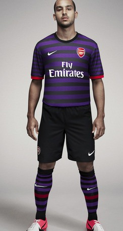 Theo Walcott Arsenal 2012 Away Kit