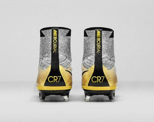 Ronaldo Superfly 324K Gold Boots 2015