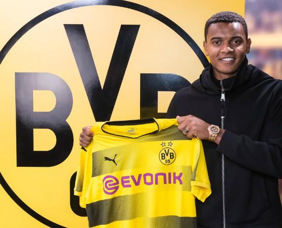 Manuel Akanji Dortmund 2018