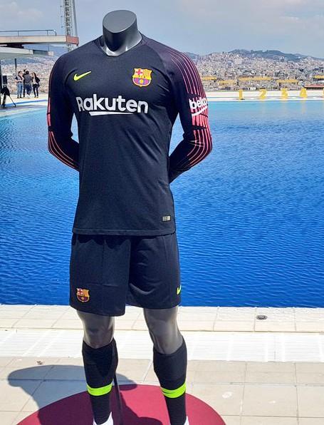 FCB New Goalkeeper Shirt 18 19